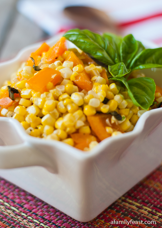 A delicious confetti corn recipe adapted from The Barefoot Contessa. Fresh corn sauteed with bell pepper.