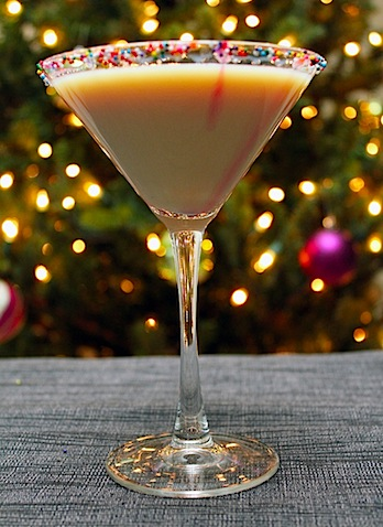 30+ Holiday Cocktails - Sugar Cookie Martini