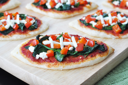 Football Spinach Pizzas - 15 Fun Football Foods