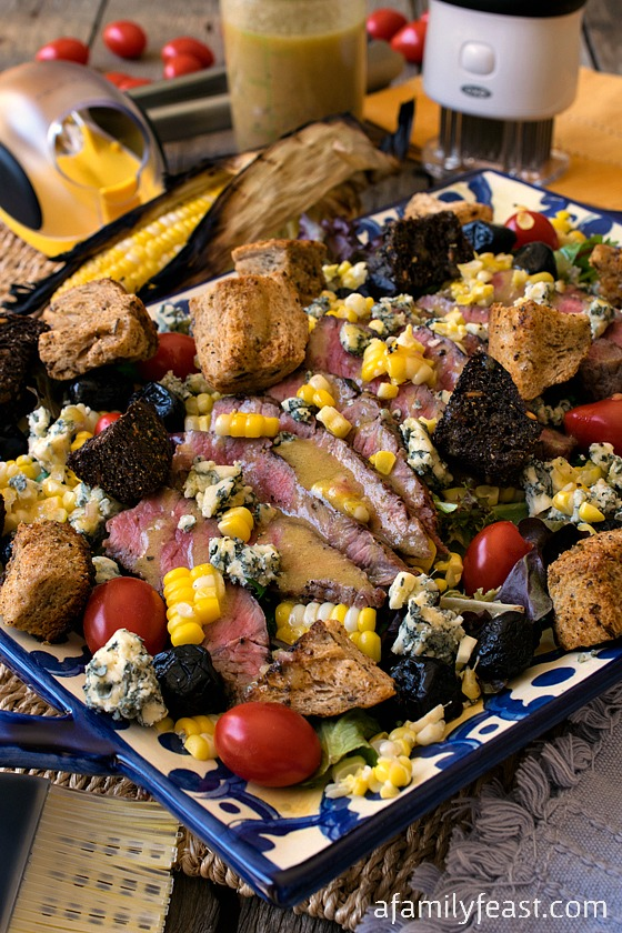 Grilled Steak and Corn Salad - A simple and delicious summertime meal! #WHATAGRILLWANTS