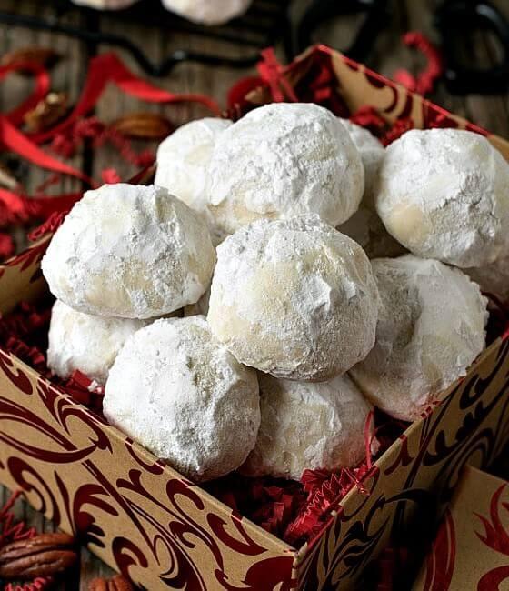 Coconut Snowball Cookies & BlendTec Giveaway