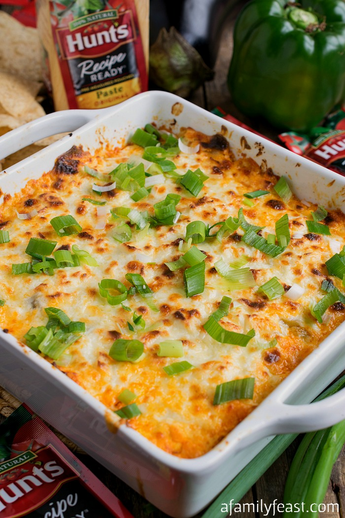 Italian Sausage and Eggplant Tailgate Dip - A perfect appetizer for game day parties and for tailgating, this delicious dip is loaded with flavor! #HuntsDifference